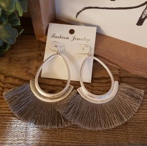 NWT tassle earrings